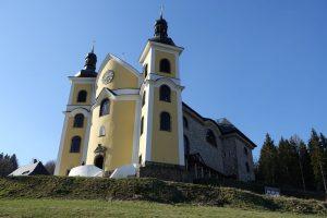 Kostel Nanebevzetí Panny Marie v Neratově