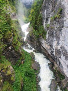Vodopády nad Hallstattem